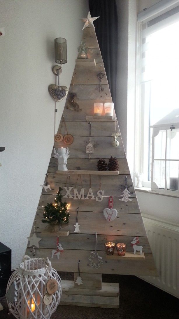 recycled wooden tree